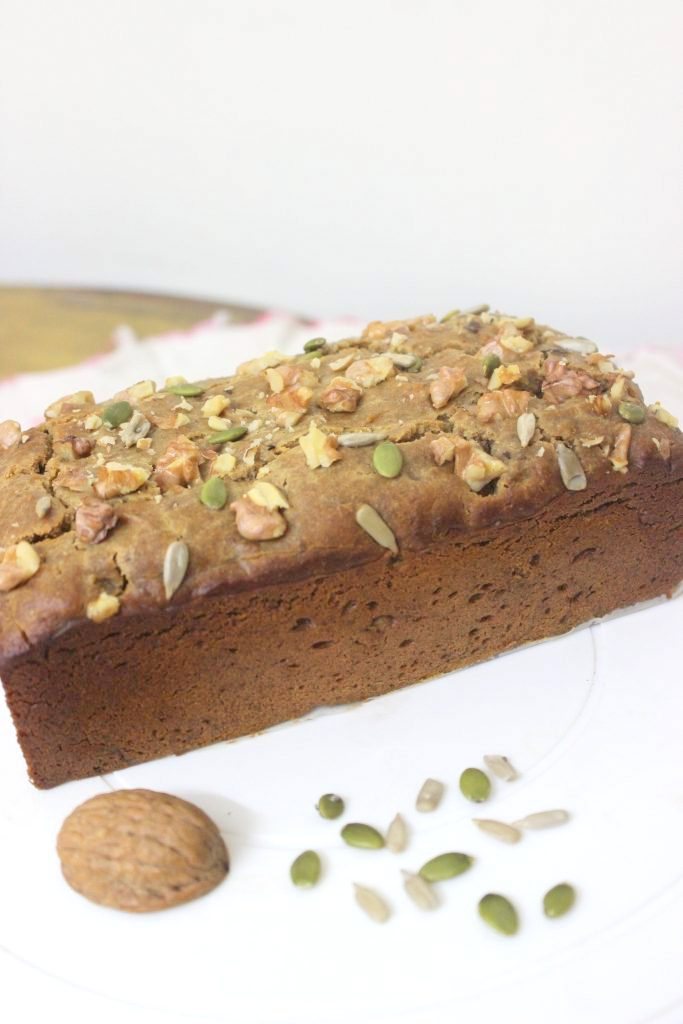 Whole wheat walnut cake
